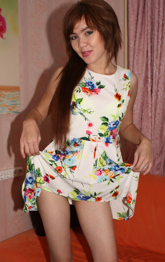 Снять проститутку Юлия, Array, у метро , в районе
