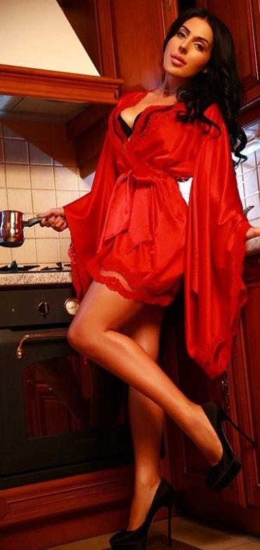 Снять проститутку Виктория, , у метро , в районе