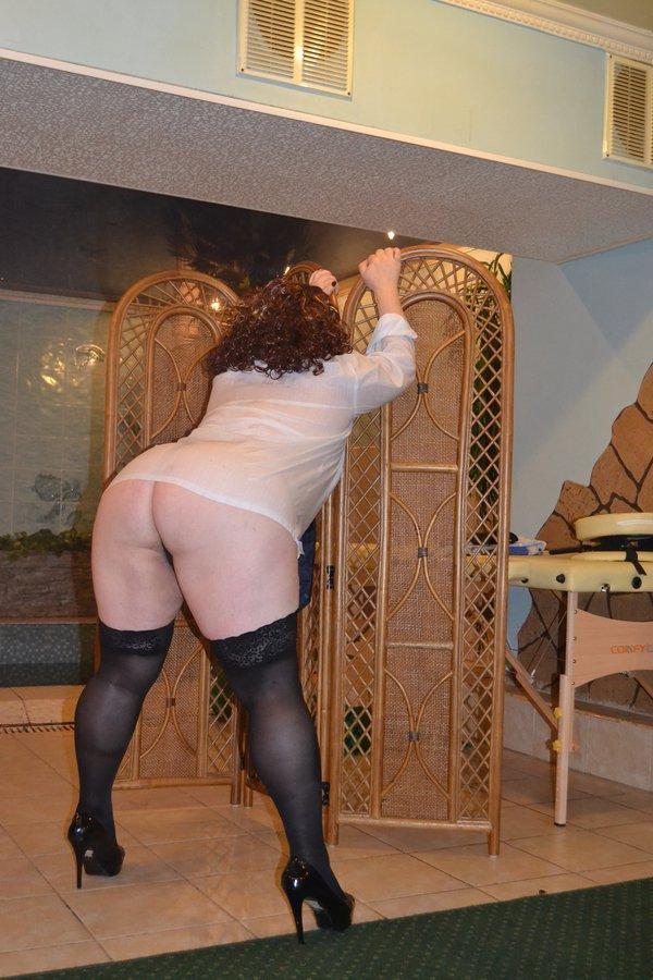 Снять проститутку ЖЕНЯ, Array, у метро , в районе