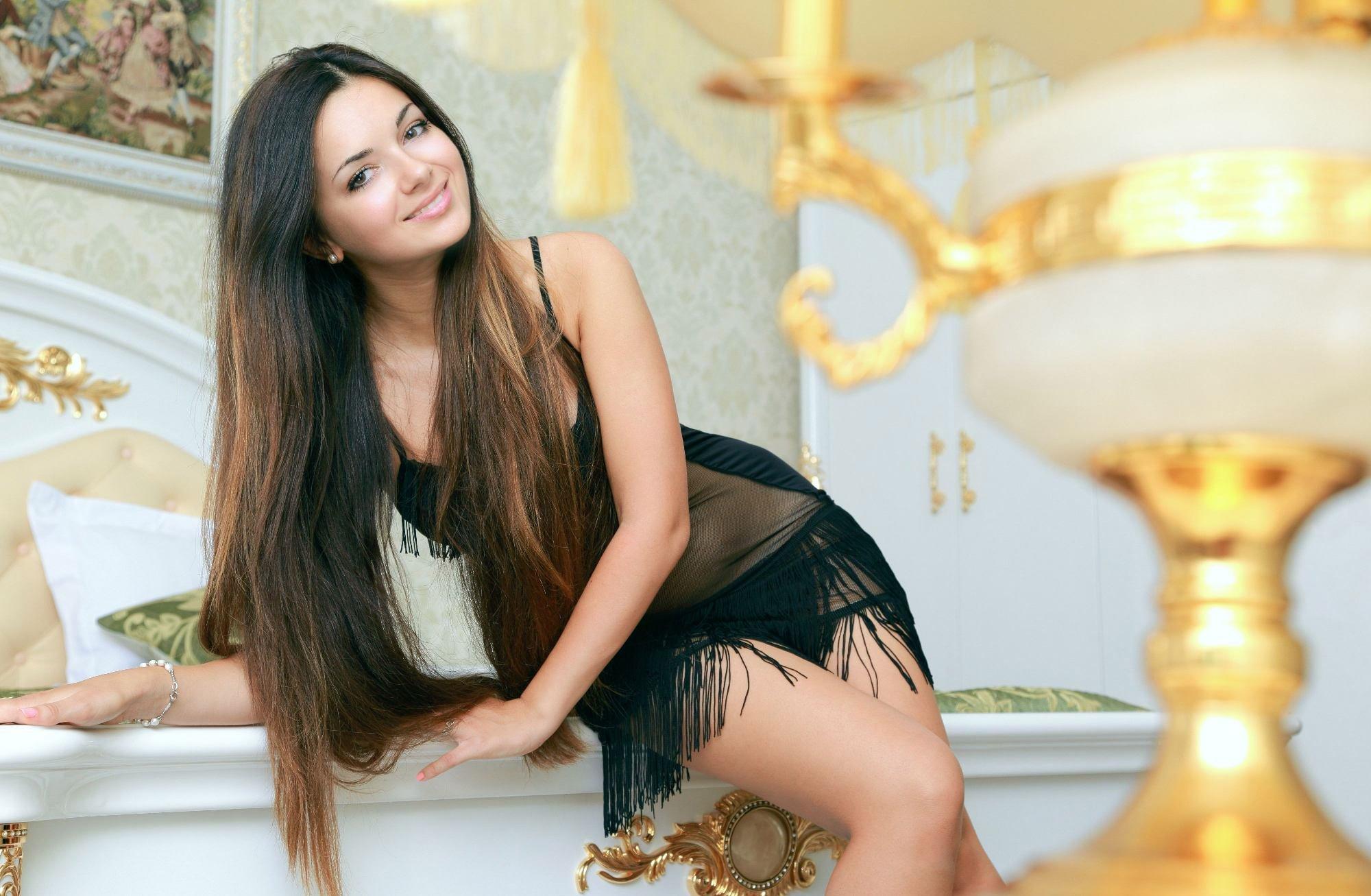 Снять проститутку Оксана, Array, у метро , в районе