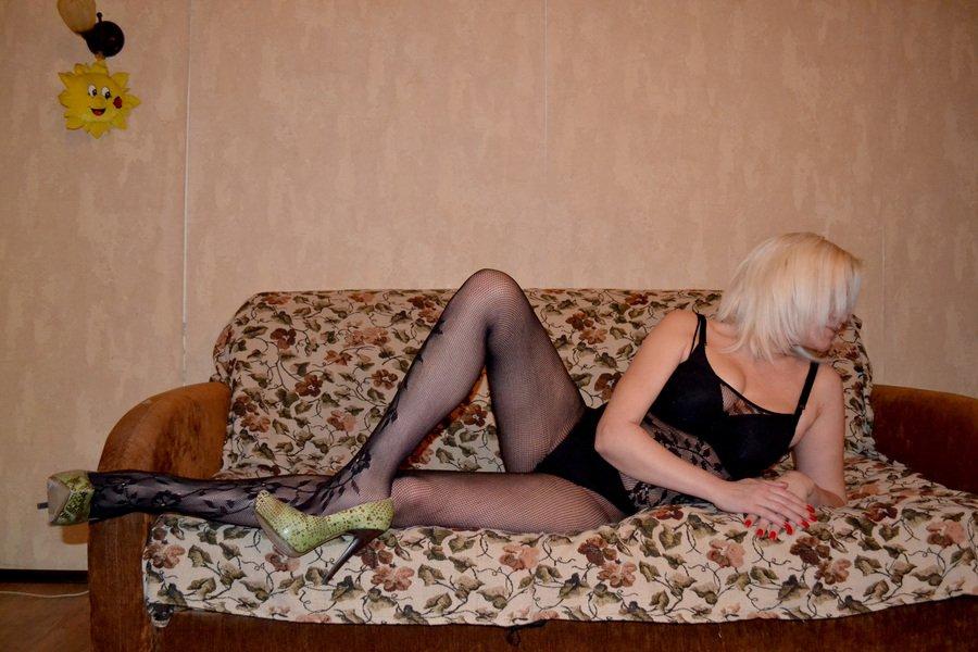 Снять проститутку Марина, , у метро , в районе