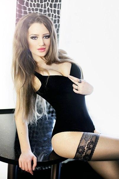 Снять проститутку Леся, Array, у метро , в районе