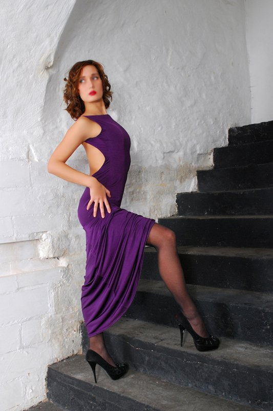 Снять проститутку Евгения, , у метро , в районе