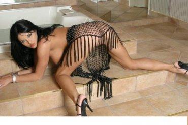 Снять проститутку Ася, , у метро , в районе